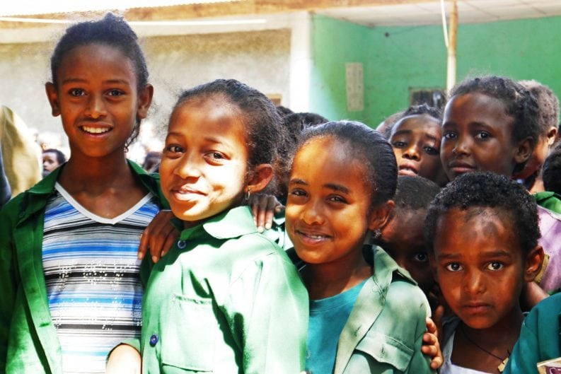 Gruppe von Mädchen in Äthiopien