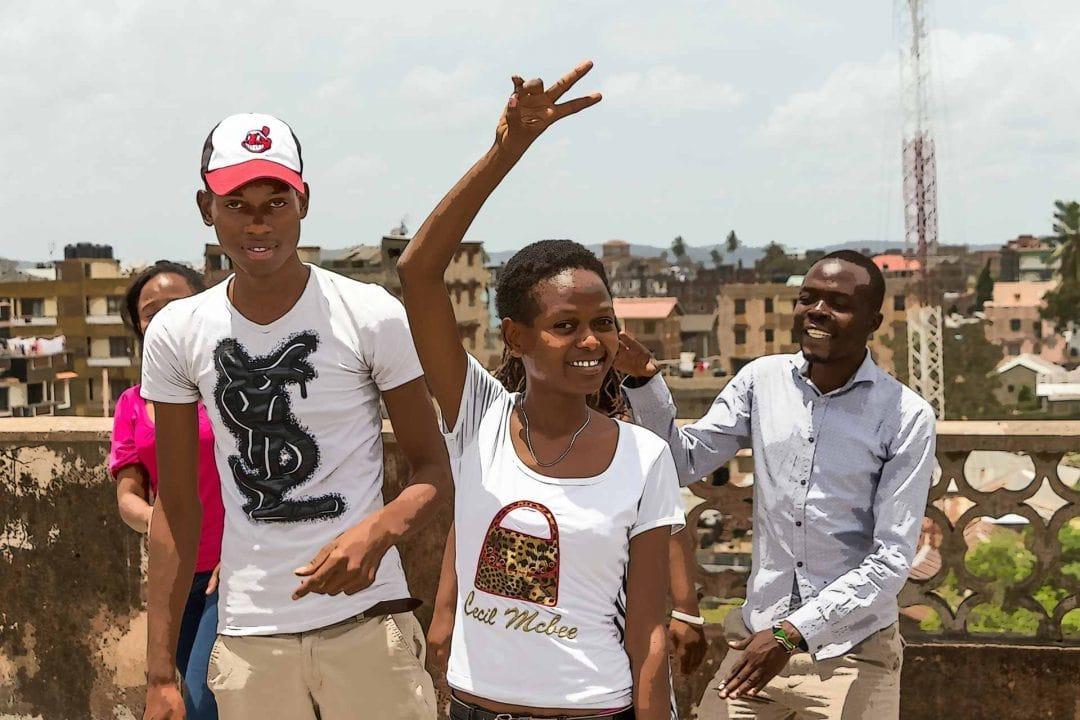 Jugendliche aus einem Projekt der Deutschen Stiftung Weltbevölkerung in Kenia
