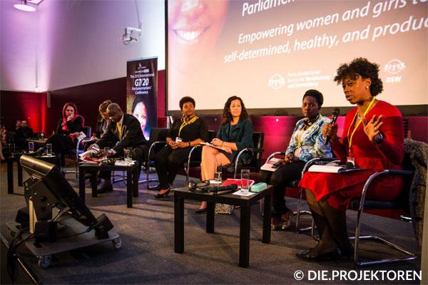 Politische Arbeit bei der She Matters Konferenz 2016