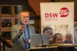 Dr. Joachim Klein vom BMBF bei DSW-Veranstaltung