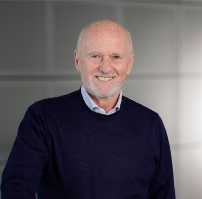 """Dirk Roßmann - Stellvertretender Vorsitzender, Gründer der Deutschen Stiftung Weltbevölkerung und der Drogeriemarktkette """"Rossmann"""""""