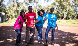 Jugendberater*innen eines Jugendklubs der DSW in Kenia