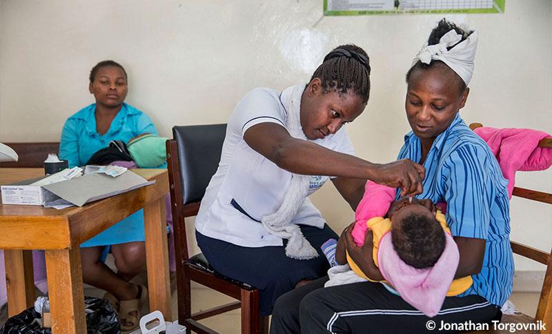 NGOs fordern von Merkel Einsatz für Impfungen weltweit